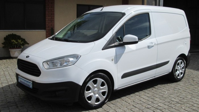 Ford Courier 1.5 TDCI TREND